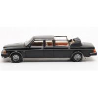 Volvo 264 Nilsson Landaulette DDR 1981 zwart MATRIX 1:43